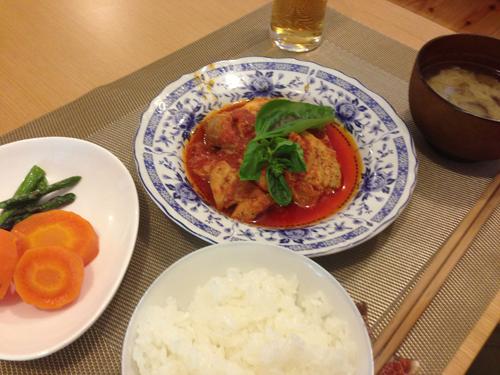 地域リビングプラスワン7鶏肉のトマト煮